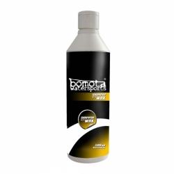 Shampoo für Boote mit Wax 500 ml Konzentrat Bomota